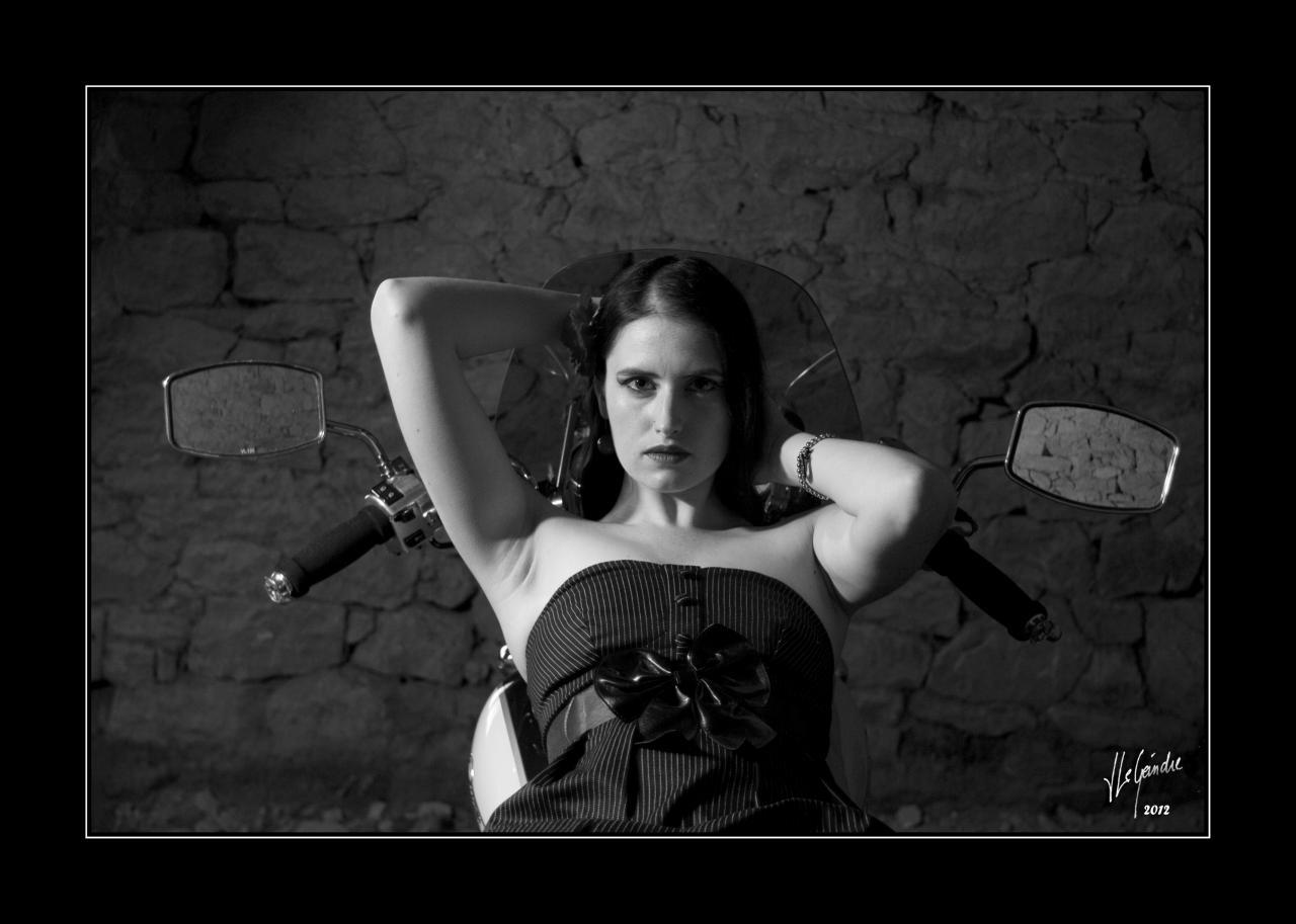 12-09-12_MG_2955 Fanny DAYSTAR cadre N&B