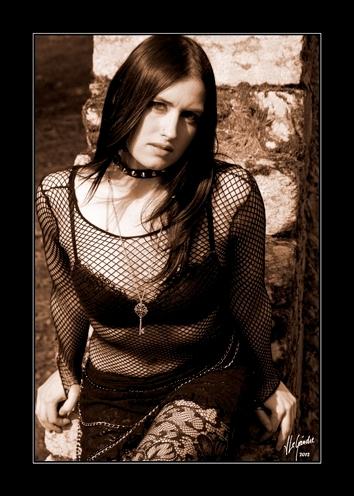2012-03-31 gothique fanny 0990sepia cadre